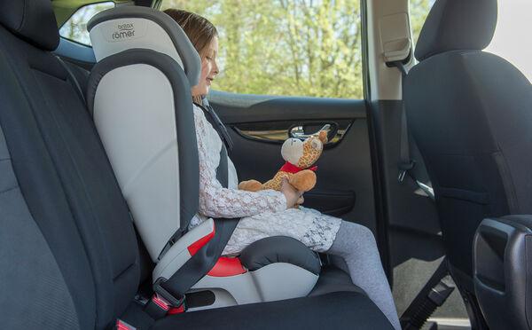 Store sidevanger for komfort og sikkerhet